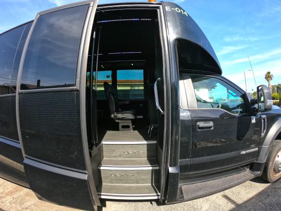 31 Pax minibus